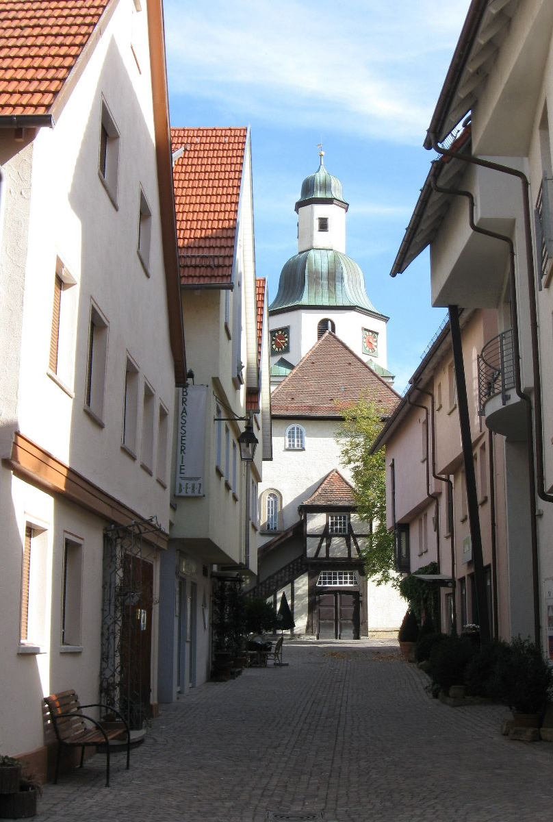 Stadtkirche von Kirchstraße aus